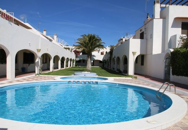 Casa en Miami Playa - Casas Blancas J12