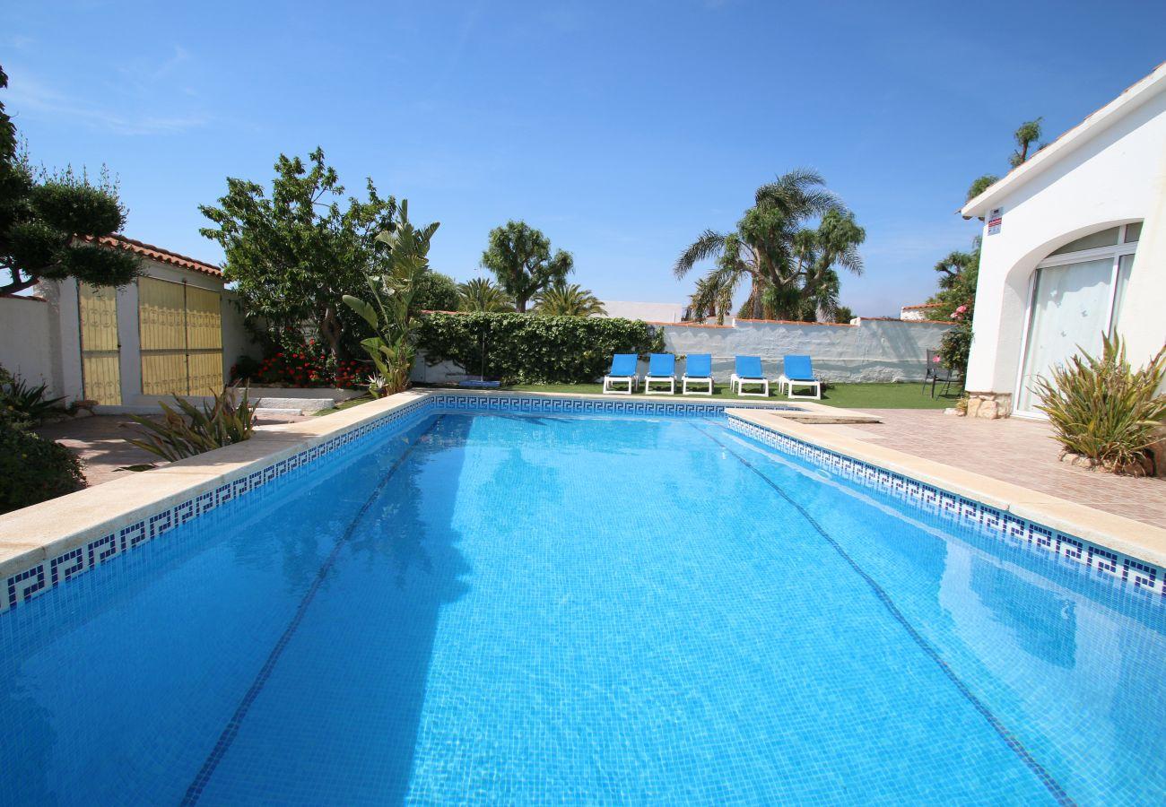 Villa in Miami Playa - Villa Atenea