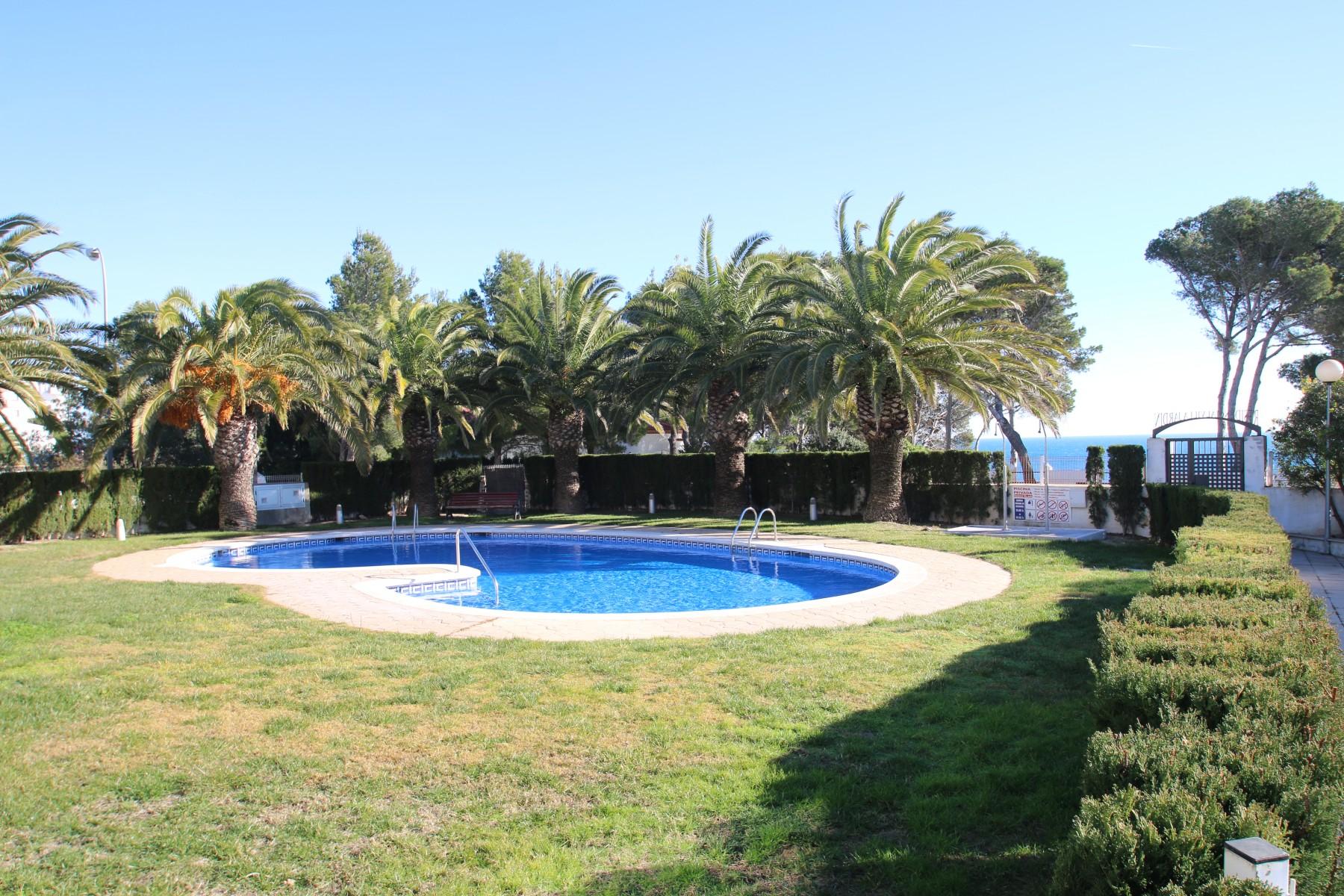 Appartements a miami playa apartamento villa jardin for Apartamentos villa jardin cambrils